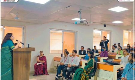 School of Legal Studies has successfully organised Induction programme