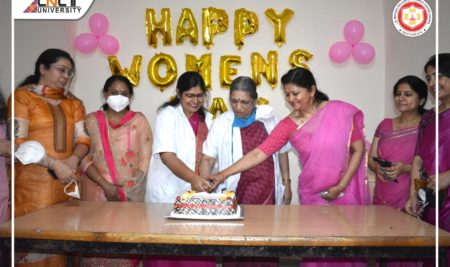 LNCT has organized a special session on the occasion of International Women's Day