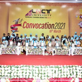 The first convocation of the LNCT University (11)