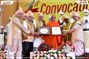 The first convocation of the LNCT University (12)