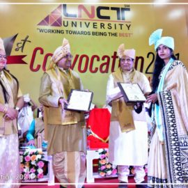 The first convocation of the LNCT University (14)