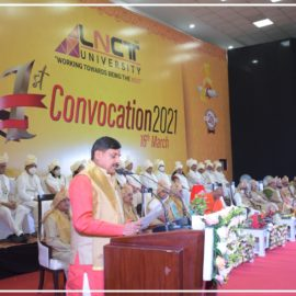 The first convocation of the LNCT University (9)