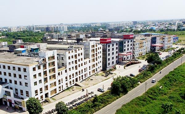 About Us-LNCT University